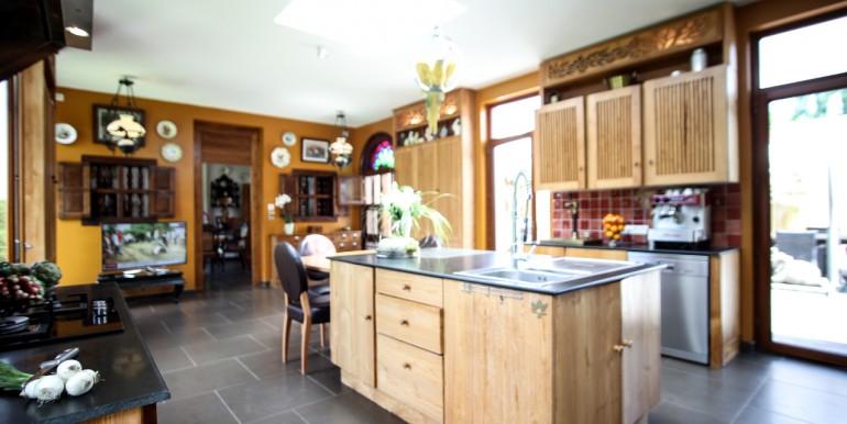 PL931-A-vendre-Sarlat-cuisine1