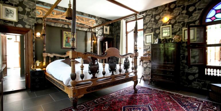 PL931-chambre-en-suite-maison-moderne-Sarlat