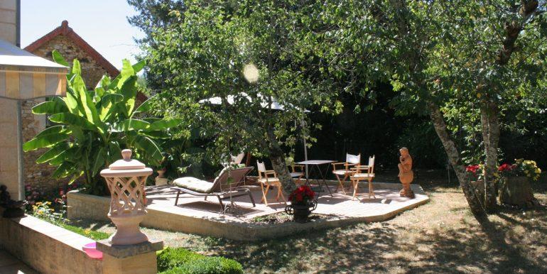 B937-a-vendre-france-maison-grange-jardin
