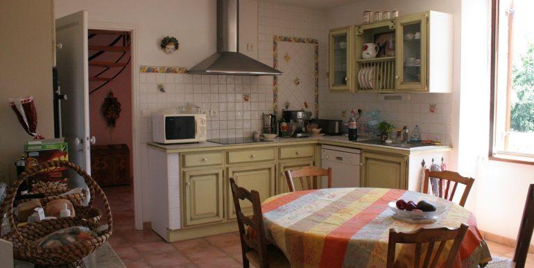 B937-cuisine-maisonenpierre-sarlat