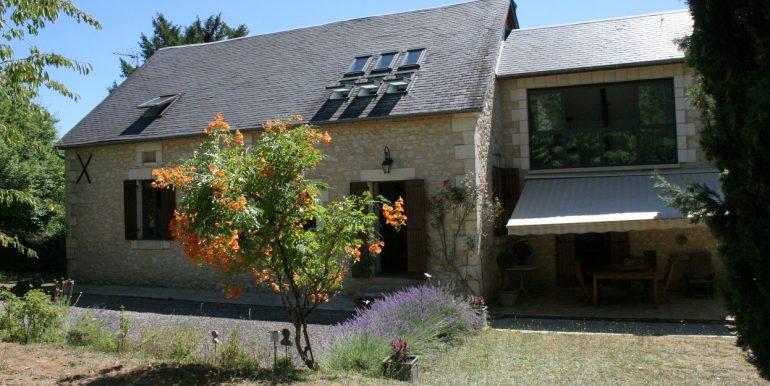 B937-ensembleimmobilier-grange-maison-perigord