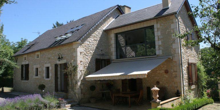 B937-jardin-propriete-village