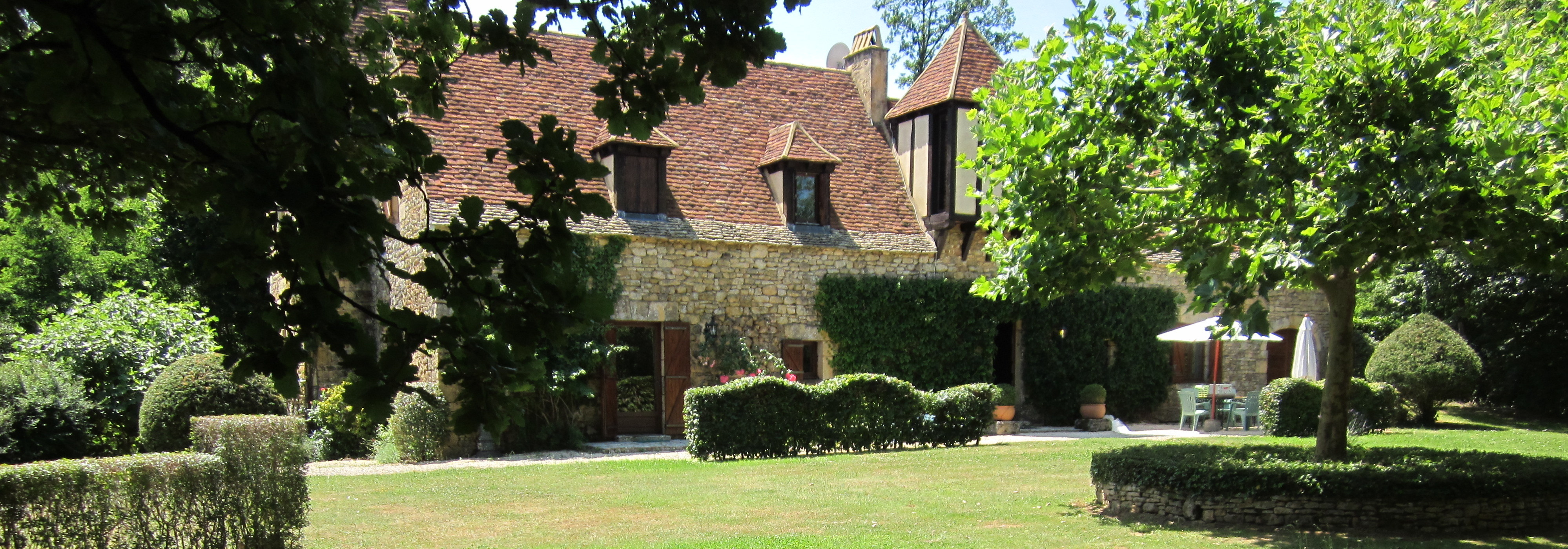 Old manor house, with swimming pool, Dordogne valley