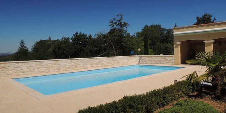 B952-Plain pied, piscine