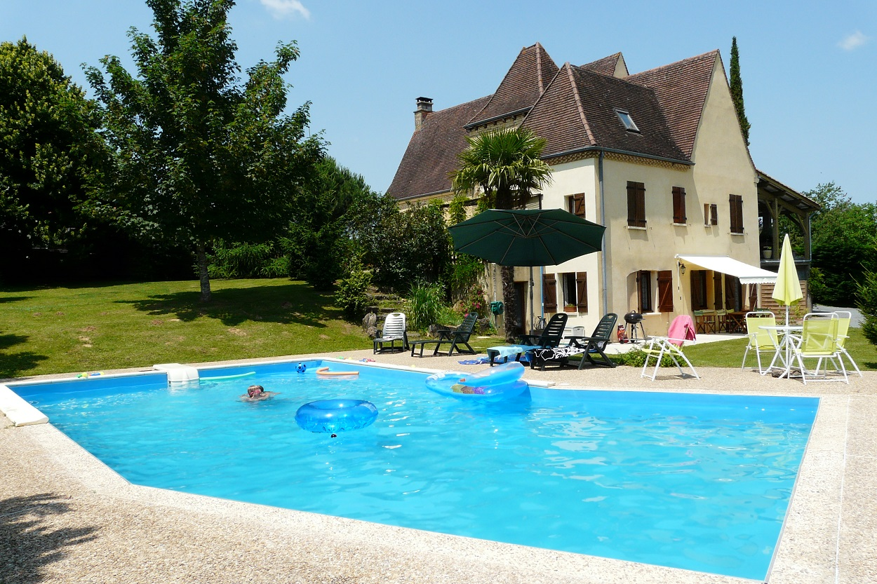 Très belle maison avec piscine, terrain de 12000m²