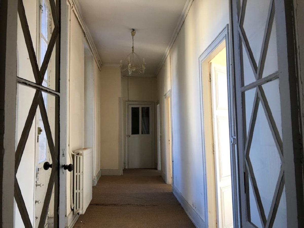 Appartement à rénover au coeur de la ville de Sarlat