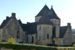 2015.12 238 - St-Geniès - Le château