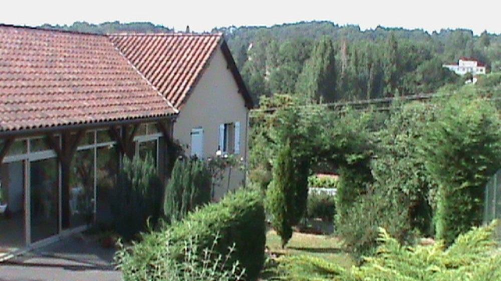 A Sarlat, sur les hauteurs avec vue agréable, maison traditionnelle