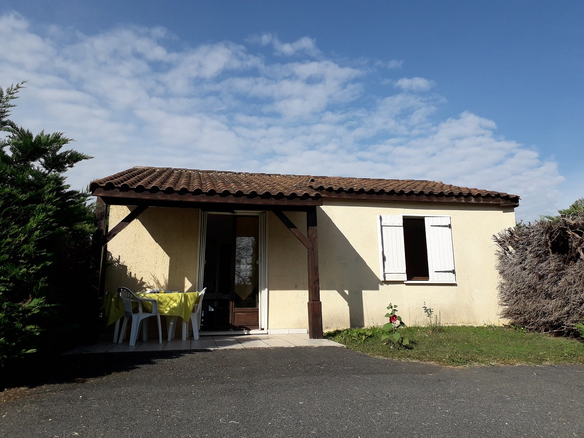 Maison de plain-pied, avec terrain 415m², proche Sarlat